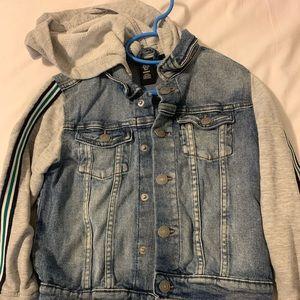 Kid's jean jacket with hoodie size 5/6